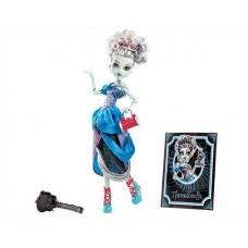 Monster HIgh Scary Tales Frankie Stein as Threadarella